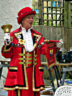 Llandrindod Town Crier opens Anniversary Repair Cafe